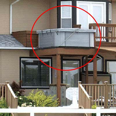 Hot Tub without Guard Rail